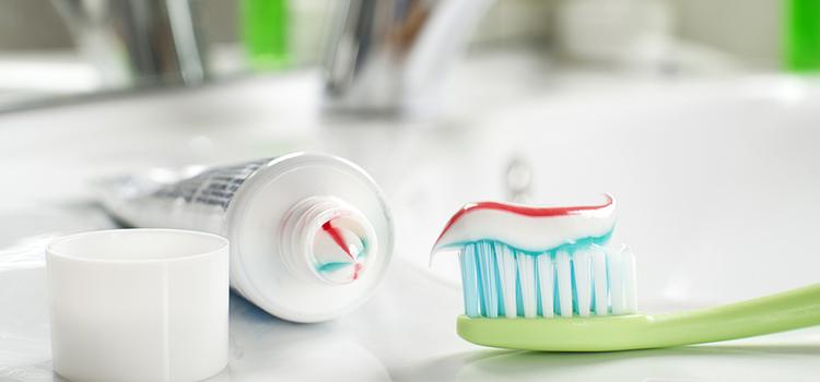 歯磨きはしてもOK? 手術後に気をつけたい口内の注意点