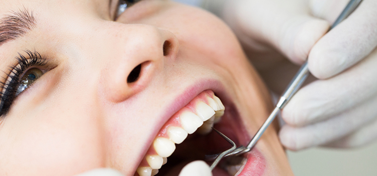 痛くない!? 奥歯のインプラント治療【ポイント】&【メリット】